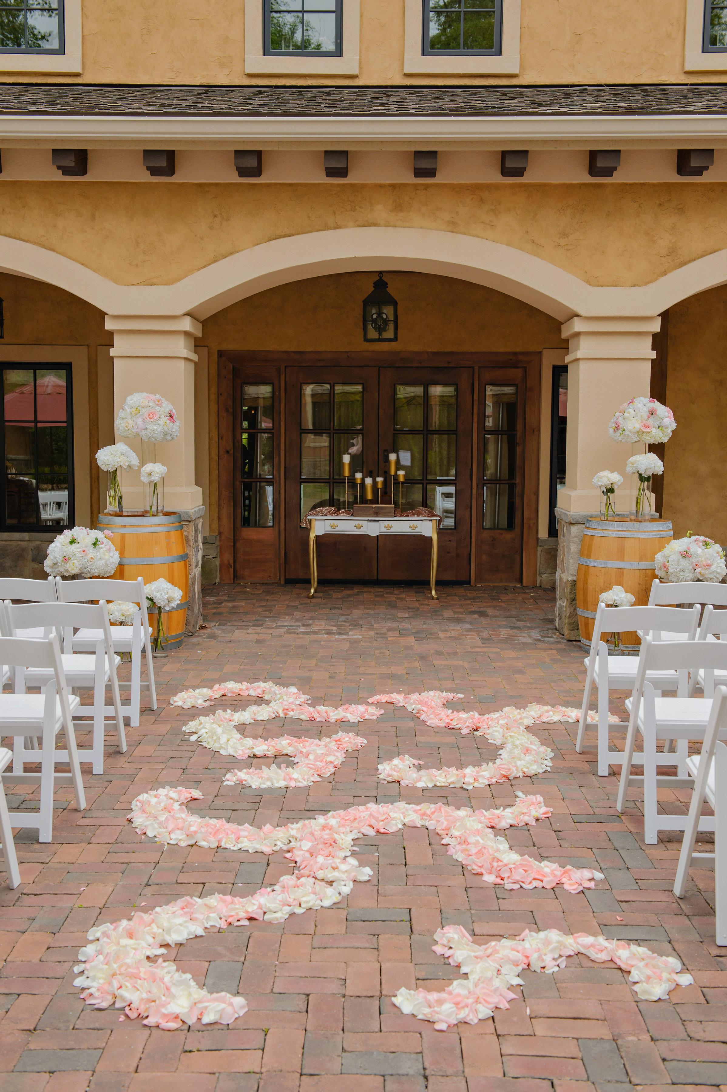 Nikki's Perfect Petal Designs, Akron Ohio Wedding Florist. Wedding Bouquet, Wedding bouquet inspiration